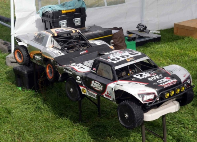 Various model petrol driven racing cars some damaged